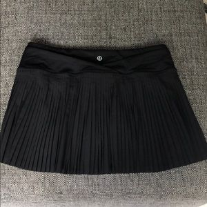 Lululemon Athletic skirt.  Black, size 6